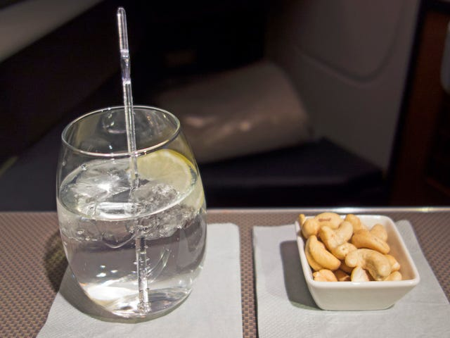 Man reportedly kicked off Southwest flight for cracking wise about free vodka