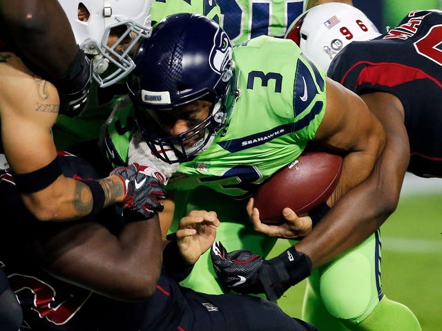 Russell Wilson And The Seahawks Seem To Have Skirted Brain-Injury Protocol