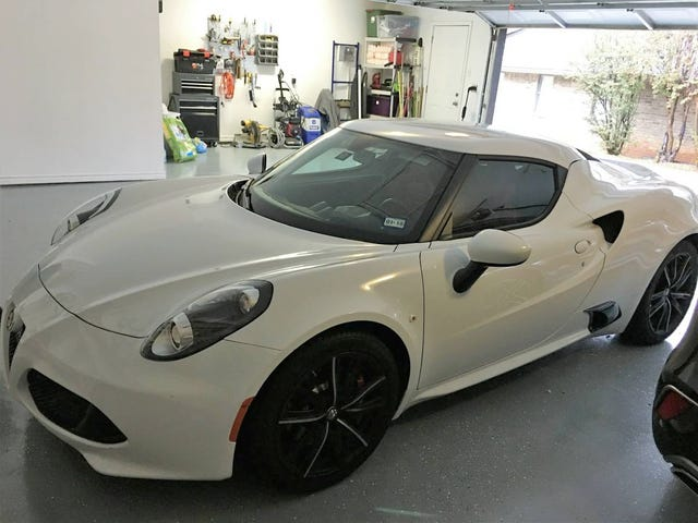 At $45,000, Could You Be Tempted By This 2016 Alfa Romeo 4C?
