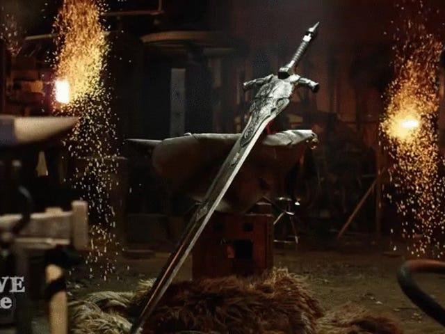 Opbygning af Artorias sværd er ikke en lille opgave for <i>Man At Arms</i>
