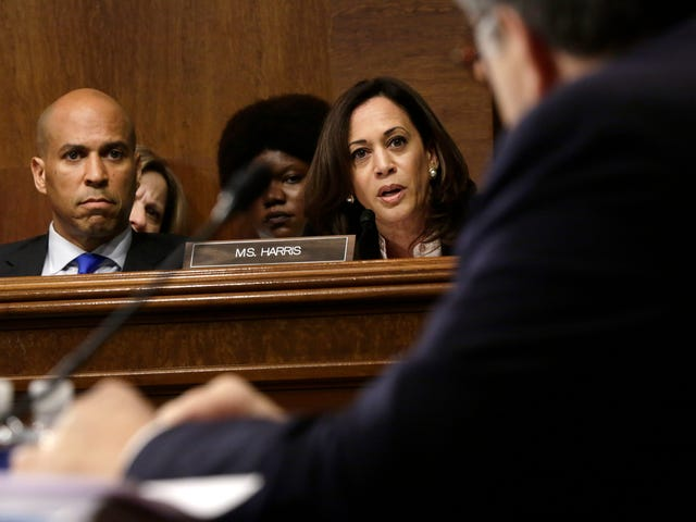Watch Sen. Kamala Harris Dunk on Attorney General William Barr