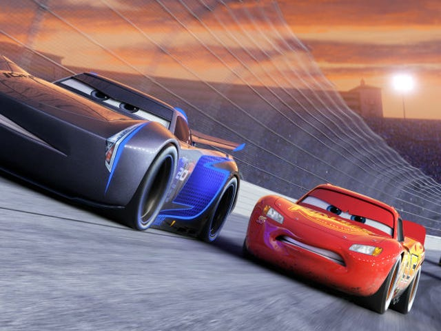 Thật may mắn, Trailer <i>Cars 3</i> mới <i>Cars 3</i> nhẹ hơn lần cuối