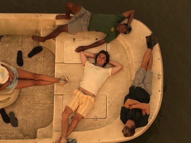 Orang cantik memburu harta karun dalam treler untuk drama escapist Netflix Outer Banks