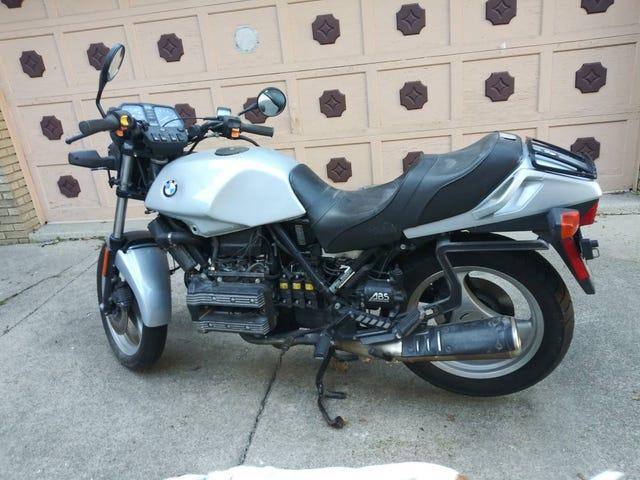 Onödigt motorcykel shopping med Mercedes Update: Det blev borta