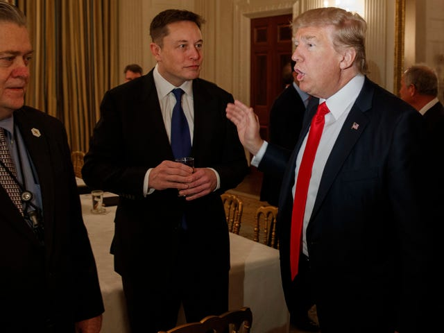Big Praise: Trump Says Elon 'Does Good at Rockets,' Zuck's 'Done a Hell of a Job'