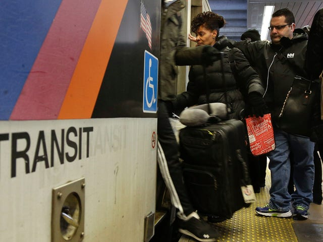 Nowe studium potwierdza wszystkie twoje podejrzenia o tym, jak naprawdę gówniany The NJ Transit is