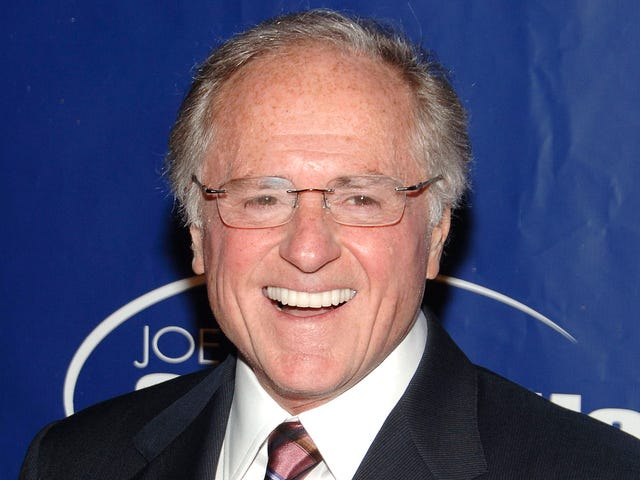Sportscaster Warner Wolf Arrested For Righteously Taking Feud With Homeowner Association Into His Own Hands
