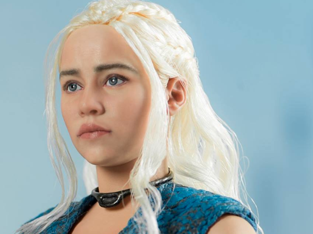 This Daenerys Targaryen Figure Will Take What Is Hers, With Fire and Blood