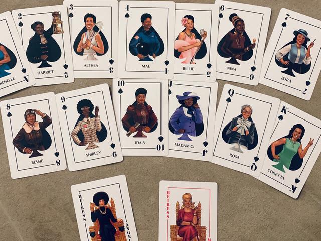 Ang Aking Black Ass Deck ng Mga Playing Card ay Mas Mahusay at Mas Maliliit kaysa sa Iyo (Maliban Kung May Sariling Black Ass Deck, Masyadong)