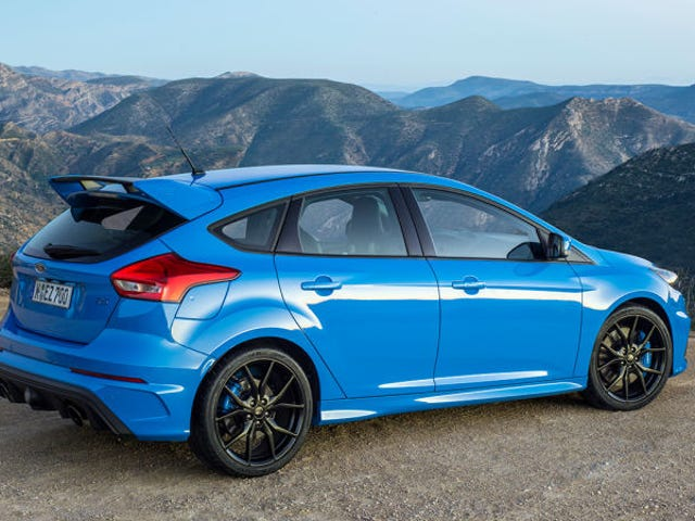 Autotrader Bot Writes a Kind of Poetic Ford Focus RS Ad
