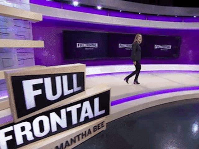 Fashion Scavenger Hunt: Hjælp Emily Find Samantha Bee's Crazy Awesome Booties