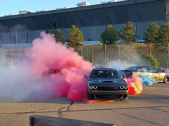 This Viper VS. Hellcat VS. Hellcat Tug-Of-War Burnout Is More 'Murica Than You Can Handle