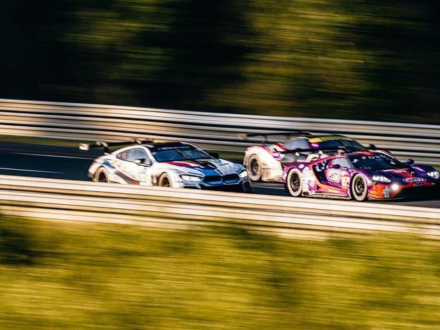 Feast Your Eyes on the Raw Beauty That Is the 24 Hours of Le Mans
