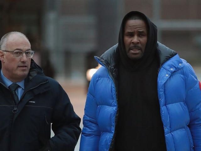 """#ThemToo: Michael Avenatti säger att R. Kellys anställda och chefer också kan möta """"brottslig ansvar"""""""