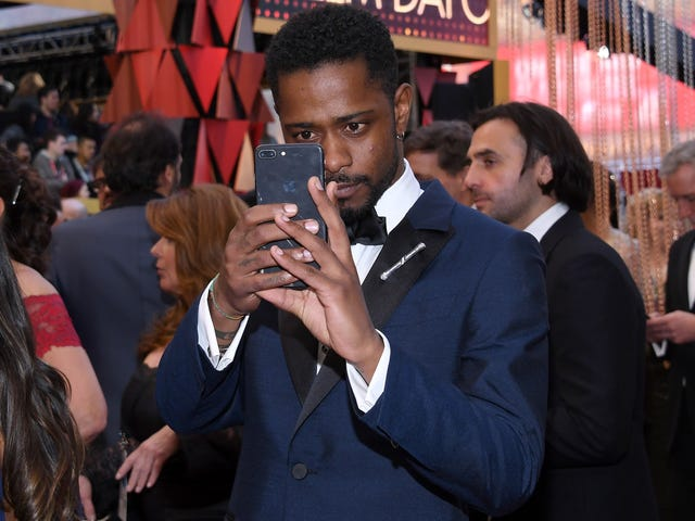 Exactly 1 Good, Weird Thing Happened on Twitter This Week, and Lakeith Stanfield Was Involved