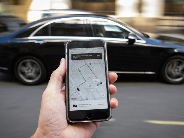 Uber Faces Multiple Lawsuits Over the Hack it Tried to Hide