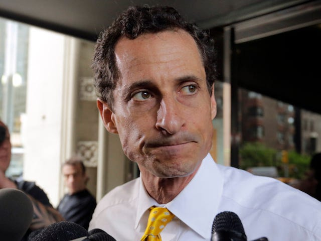 Judge Unseals Search Warrant in Anthony Weiner Teen Sexting Case