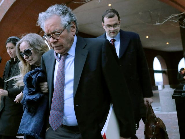 Drug Company Founder Gets 5 Years in Prison for Bribery Scheme to Boost Opioid Profits