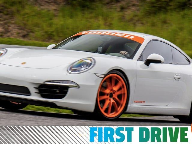 Η Porsche δεν κάνει ένα υβριδικό 911, αλλά μπορείτε να πάρετε ένα τέτοιο