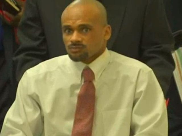 Адвокат випускає відео Форт-Уорт, штат Техас, поліцейський зйомки Чорна людина в спині
