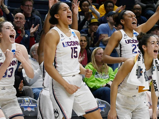 UConn Scored 94 Points In One Mind-Blowing Half