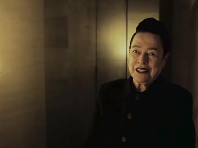 Kathy Bates salue Satan dans la nouvelle bande-annonce d'American Horror Story