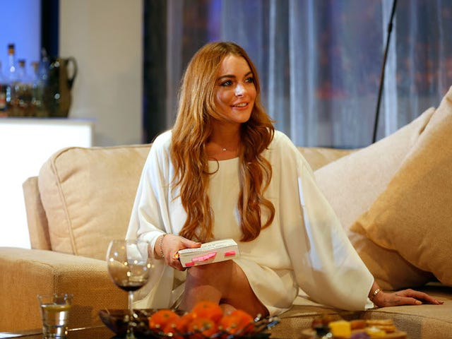 Has Lindsay Lohan Converted to Islam or What?