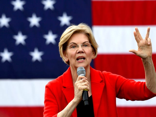 Elizabeth Warren's Latest Climate Plan Is a $2 Trillion Investment in Green Manufacturing