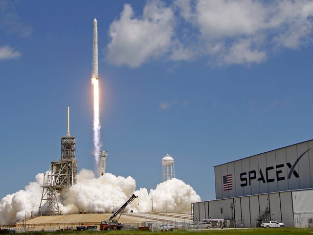 SpaceX Delays Next Falcon 9 Launch, Said to Carry Starlink Prototypes, to At Least February 21st