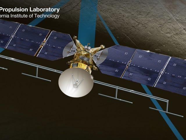 NASA có thể sớm gửi tàu vũ trụ này tới Moon Europa của sao Mộc