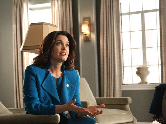 Scandal Recap: Who Died and Made Mellie President?