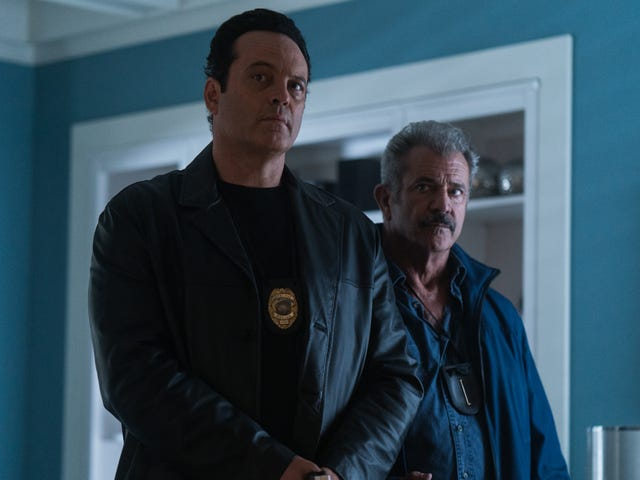Mel Gibson is a cop on the edge in the equally queasy and thrilling Dragged Across Concrete