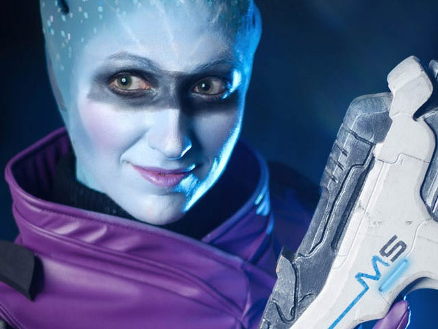 <i>Mass Effect: Andromeda</i> Cosplay Mendapat The Stare Right