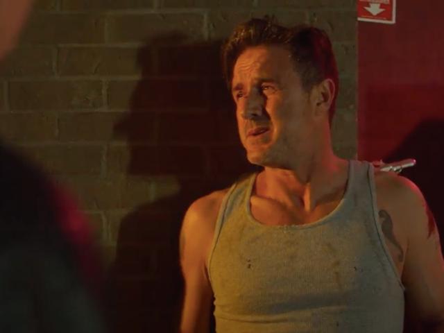 David Arquette bierze udział w 12-godzinnej zmianie w tym ekskluzywnym klipie z nowego filmu Brei Grant