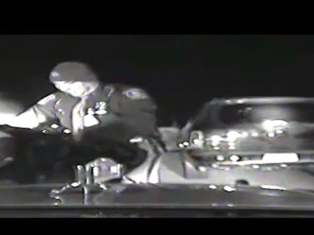 व्हिसल ब्लो करें: ब्लैक वुमन स्टेट ट्रूपर फाइलें मिशिगन में विस्फोटक भेदभाव का मुकदमा, पुलिस क्रूरता का पर्दाफाश