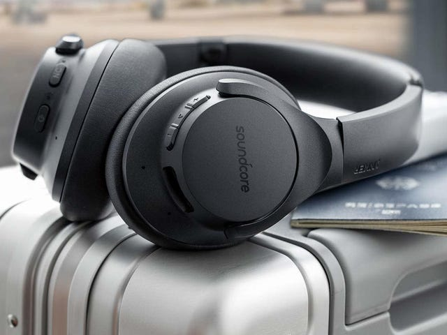 Anker's $60 Noise Canceling Headphones Are Seriously Impressive For Their Price