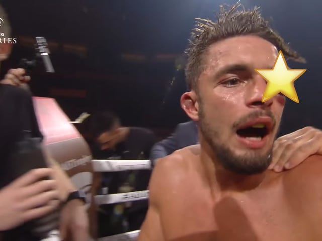 Pro Boxer Loses After His Eye Puffs Up To The Size Of A Baseball [Warning: Graphic]