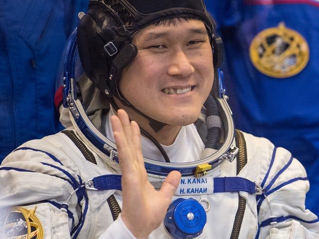 El astronauta que aseguraba haber crecido 9cm en dos semanas a bordo de la ISS confìci che se midió mal