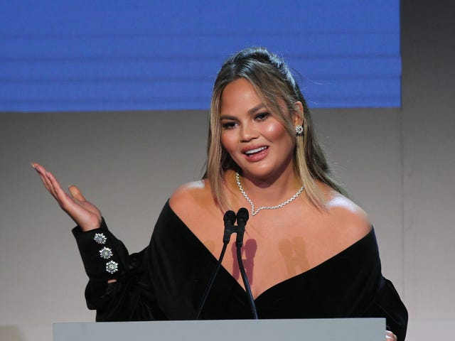 Fox News Host Laura Ingraham's Gonna Learn Today: Don't Come for Chrissy Teigen Unless You Want That Smoke