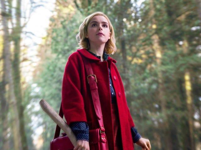 Yaşasın şeytan!  <i>The Chilling Adventures of Sabrina</i> bu yeni cadı fotoğrafları önce yay