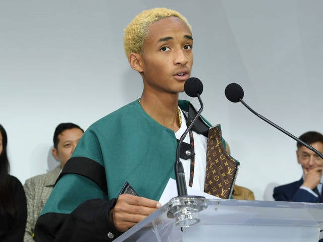 Jaden Smith descends from the heavens to explain some of his most baffling tweets