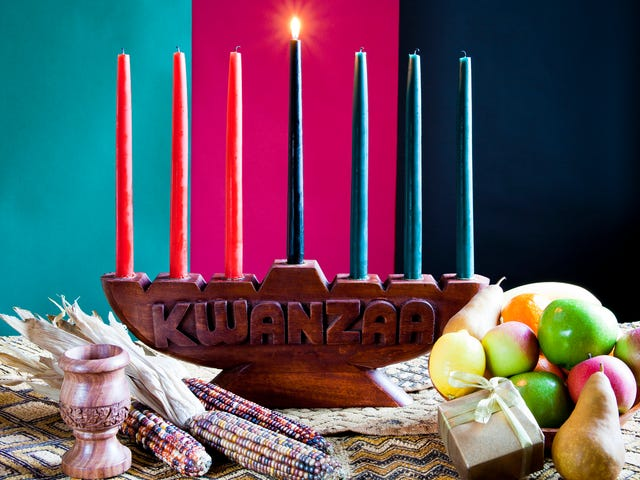 Dispatches From The Kwanzaa Kid: Cops, Crack Rock and Why My Mama Doesn't Have a Kwanzaa Cup