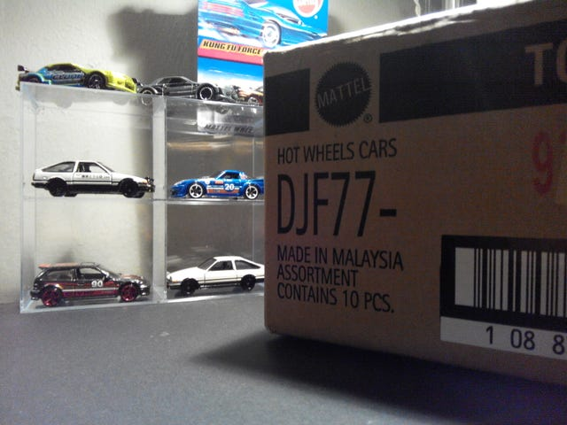 One small set for collectors, one big step for Hot Wheels. [Picture Heavy]