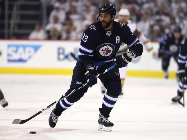 My Favorite Subplot Of Winnipeg-Vegas Is People Trying To Hit Dustin Byfuglien And Getting Demolished