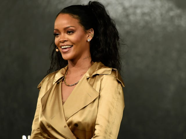 Colin Kaepernick Thanks Our Wife Rihanna for 'Keeping It 100' During the So-Called 'Super' Bowl