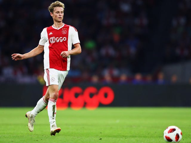 Barcelona Signed Frenkie De Jong And Now Must Figure Out Who They Want Him To Be
