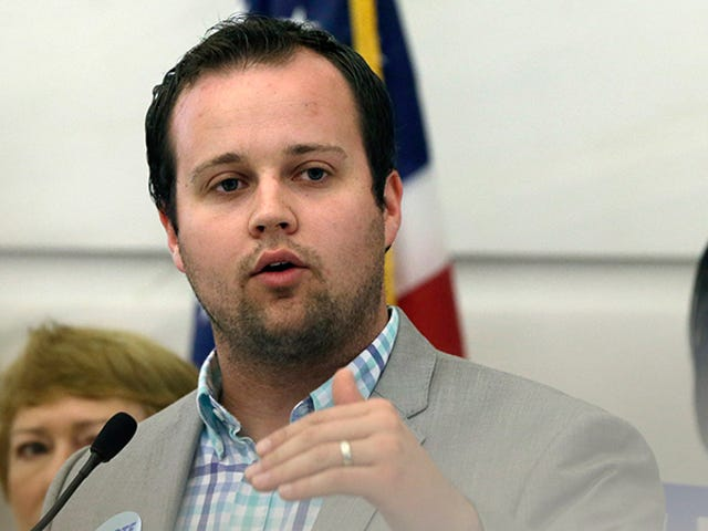 Danica DillonSays She Was Choked, Spit On During 'Terrifying' Sexual Encounter with Josh Duggar