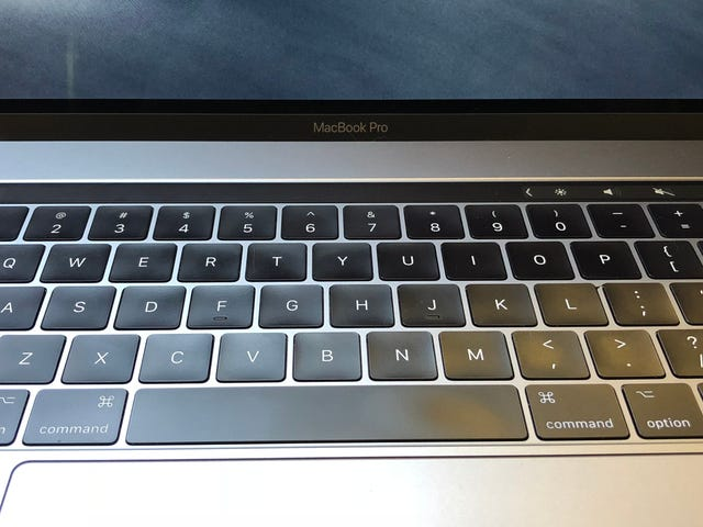 如何在新MacBook Pro的触控栏上添加自定义按钮