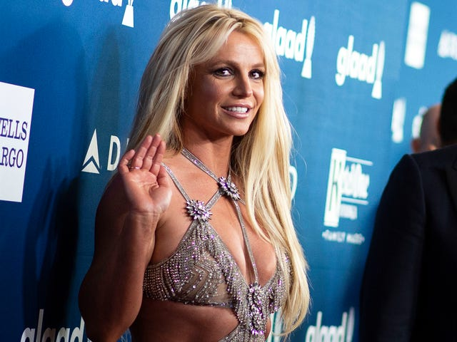 Britney Spears Didn't Really Beat Usain Bolt's World Record