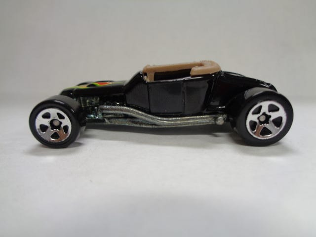 TRACK T BY HOT WHEELS